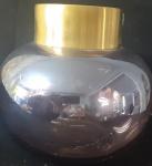 Vaso em vidro ao gosto carnival glass. Med. 18x18 cm.