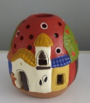 Casinha em cerâmica  decorativa colorida - Altura; 11 cm Diâmetro; 8 cm