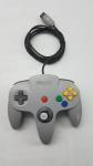 Controle Manete Para Videogame Console Nintendo 64 - N64 Cinza Original Testada e Funcionando.Indicamos a retirada do item diretamente em nossa loja.Caso seja solicitado o envio por correios ou transportadora,não nos responsabilizamos caso o item ao chegar não funcione.