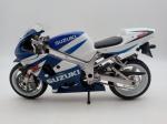 Colecionismo. Miniaturas. Motocicleta Suzuki GSX 600. Mede 17cm de comprimento.
