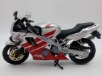 Colecionismo. Miniaturas. Motocicleta Honda CBR 600. Mede 17cm de comprimento.