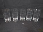 Jogo de 5 copos Agua em Cristal lapidado . Medida: 14,5 cm x 7 cm