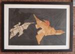 ANTÔNIO DIAS (Paraiba 1944 - Rio de Janeiro 2018) - Rara obra em técnica mista com textura sobre cartão representando pássaros, assinada no CID - . Mede 60 x 40 cm. Com moldura e protegida por vidro - Med. 52cm x 73 cm