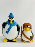 2 Pinguins de Coco, 1 com 19cm e outro com 12cm. Lembre-se de questionar sobre todas as dúvidas até o dia anterior ao dia do pregão ao vivo! Produto vendido no ESTADO DE CONSERVAÇÃO atual. Antes de efetuar lances, leia  as informações importantes e os termos e condições com atenção! Dúvidas devem ser enviadas via Whatsapp 11 9 8877 2582 ou E-mail goldleiloes@outlook.com. Cuidado ao efetuar os lances! eles são irrevogáveis e irretratáveis!