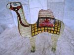 """ABRAHAN PALATNIK : ( 1928-1920 ) Escultura em resina de poliester representando """" Grande CAMELO """" . peça original  do artista dos anos 70. Altura 20 cm e comprimento 19 cm."""