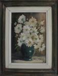 AM071, VALÉRIA A. MEGALE, óleo sobre tela, representando vaso com flores, medindo 18 x 26 cm.