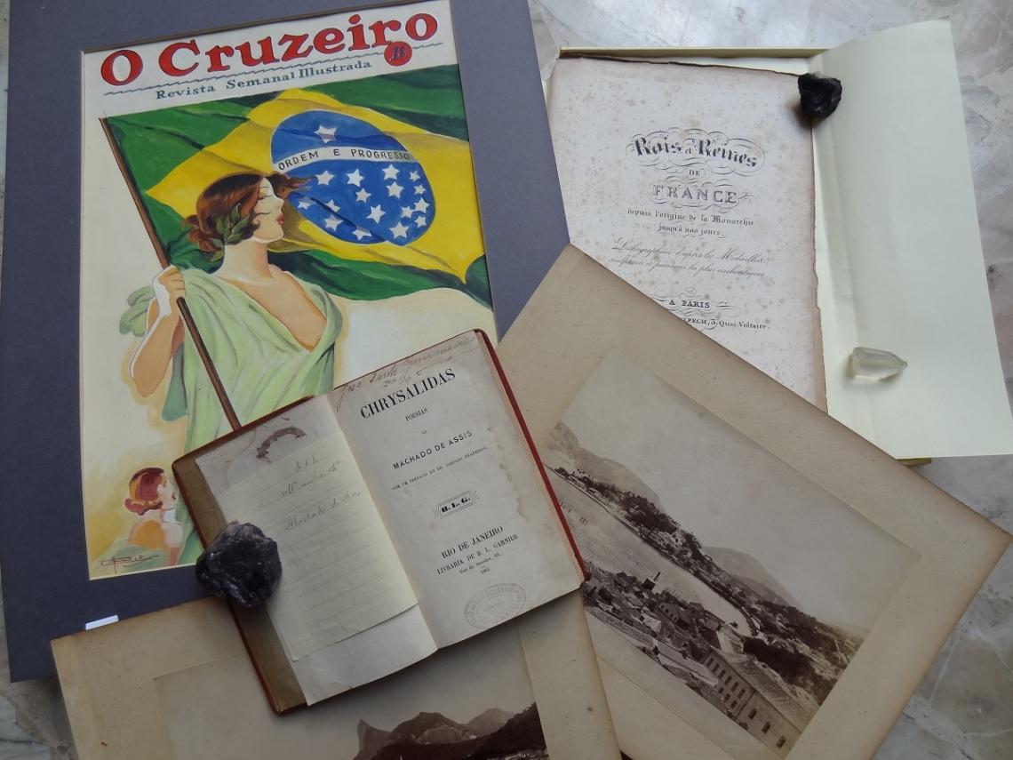 LEILÃO DE LIVROS RAROS, AUTOGRAFADOS E DOCUMENTOS.
